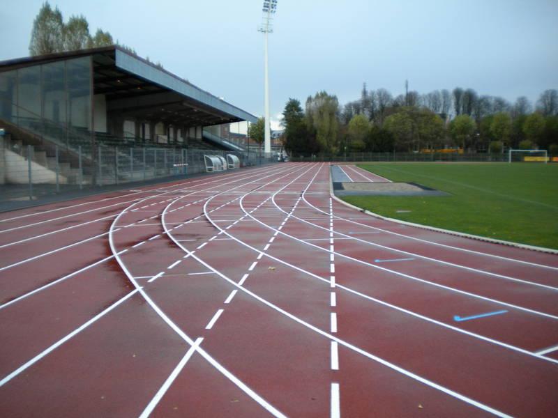 Ville de cambrai le centre sportif libert for Piscine liberte cambrai